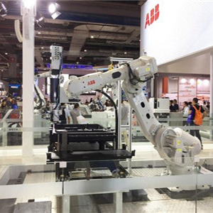 China becomes the world's largest robot market Li Yizhong proposes to strengthen independent innovation
